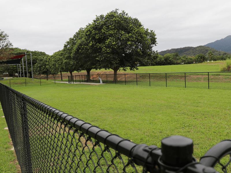 Mossman Dog off-leash zone