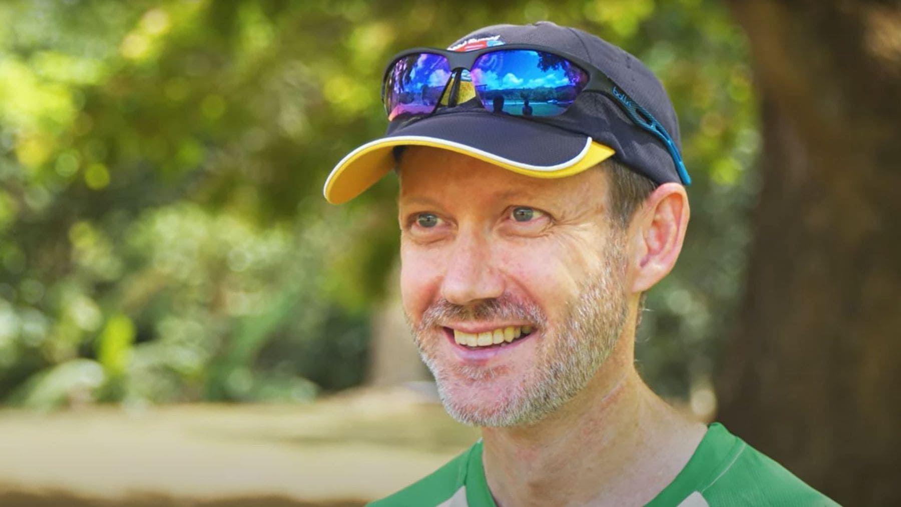 G'day Port Douglas & Daintree - Meet Gary our marathon man who runs and runs. .